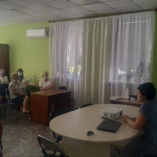 Відбулася офлайн-зустріч з Іриною Іванівною Козенятко, заступником головного лікаря з медичного обслуговування населення